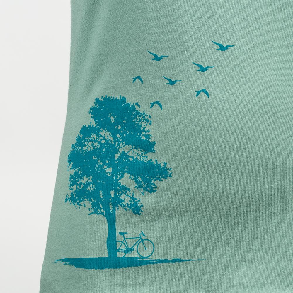 Women's Organic Cotton Crewneck T-Shirt3