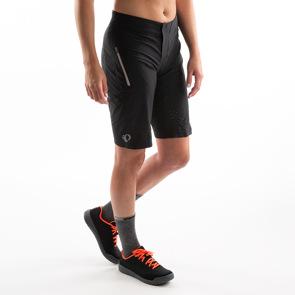 Women's Elevate Short4